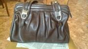 :Женская сумка кожаная и вещевой мешок с завязкой